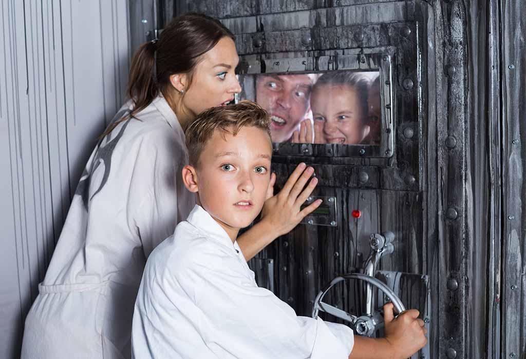تفریح خانوادگی اتاق فرار